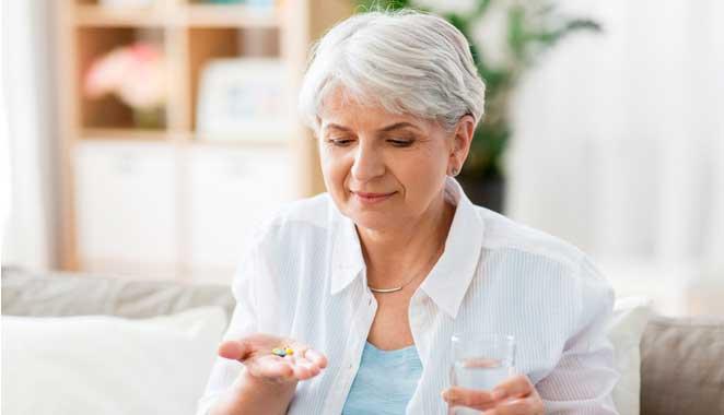 Importancia de mantenerse al día con los medicamentos