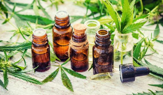 Uso de cannabinoides para tratamiento de artritis reumatoide