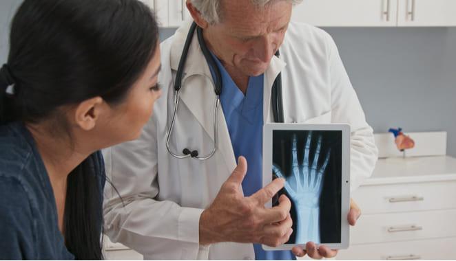 Esclerosis sistémica: causas,  síntomas y tratamiento