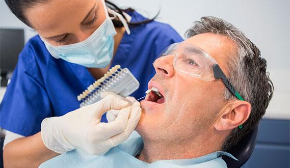 Descubre la relación entre artritis reumatoide y la periodontitis