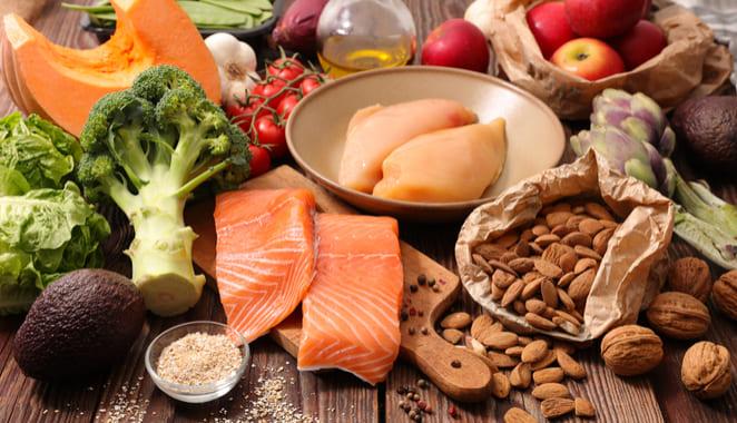 ¿Qué alimentos debo consumir si tengo artritis?