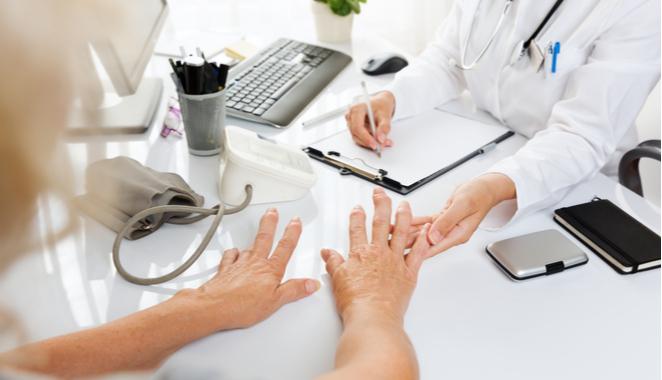 ¿Cómo limitar el impacto de la artritis reumatoide?