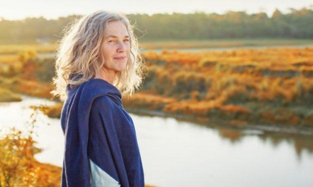 Caminar despacio a los 45 años puede ser una señal de envejecimiento precoz