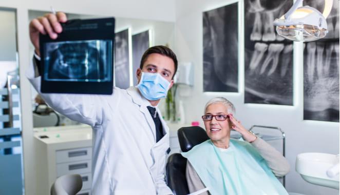 ¿Existe relación entre la periodontitis y la artritis reumatoide?