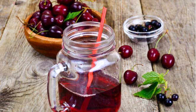 7 bebidas para aliviar el dolor y los síntomas de la artritis