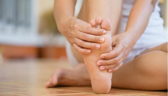 Espolón óseo: causas, síntomas y tratamiento