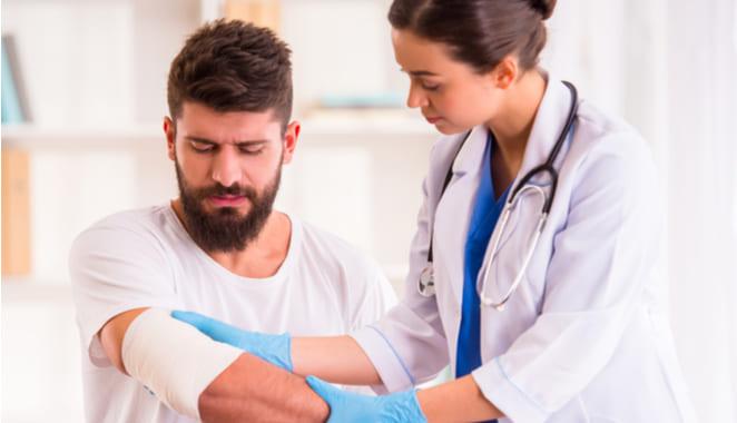 Descubren poliarteritis nodosa en el brazo de un adolescente