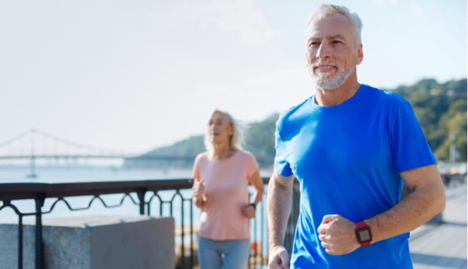 Realizar ejercicio ayudaría a prevenir el desarrollo del alzhéimer