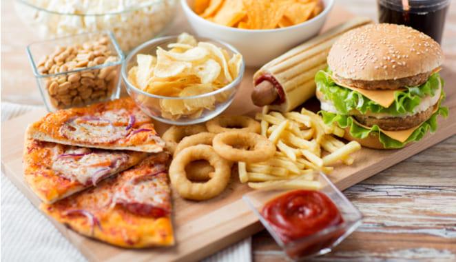 6 tipos de alimentos que debes evitar si padeces de artritis
