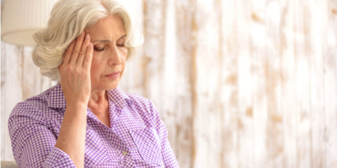 ¿Puede la artritis causar dolores de cabeza?