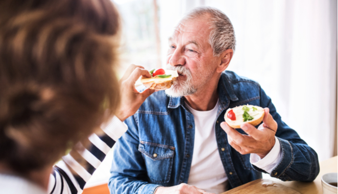 Hábitos que debes eliminar si sufres de artritis