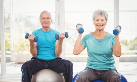 El ejercicio físico más recomendable para personas de la tercera edad
