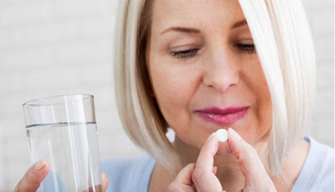 Medicamentos para la artritis podrían utilizarse para prevenir la propagación del cáncer de seno