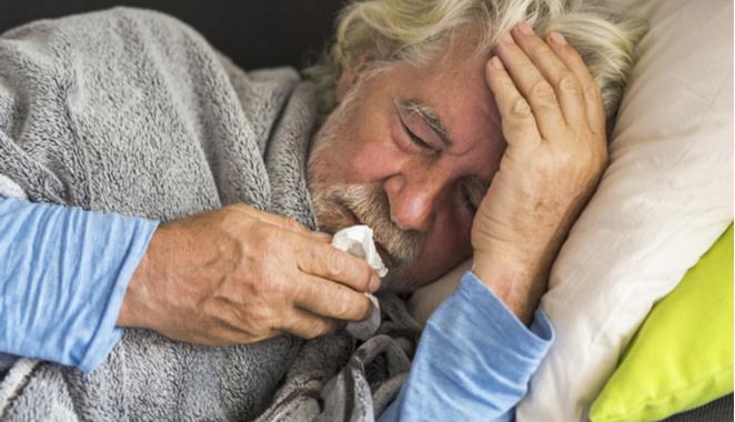 ¿Por qué a los adultos mayores les cuesta tanto recuperarse del coronavirus?