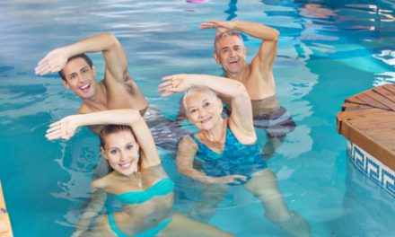 Ejercicios acuáticos efectivos para tratar el dolor de las articulaciones