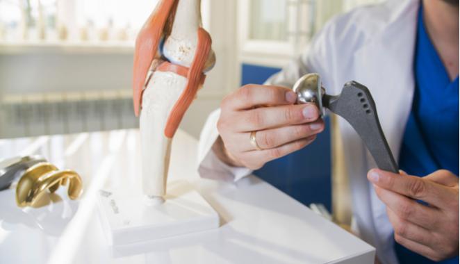 el reemplazo de rodilla y cadera está enfocado en la calidad de vida del paciente