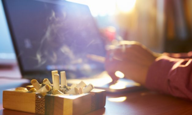 Tabaquismo podría empeorar la artritis reumatoide