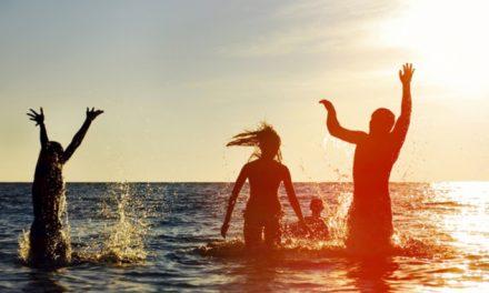 Todos los beneficios del agua de mar para las articulaciones