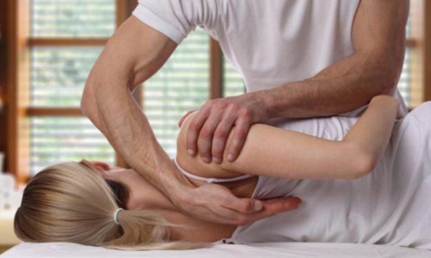 El riesgo de los tratamientos quiroprácticos para el dolor de cuello