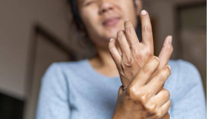 ¡Cuidado! Pacientes con cáncer pueden presentar síntomas reumatológicos