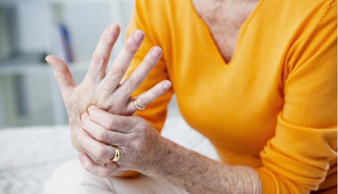 Qué puede haber detrás de un dolor de manos